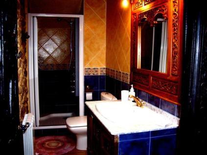 baño con ducha de hidromasje