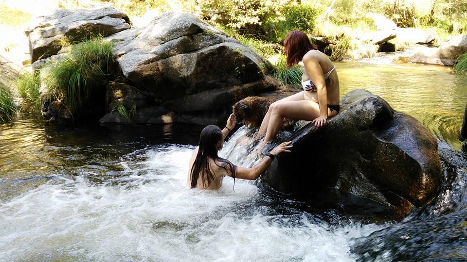 Zonas de ba o gargantas naturales y rios de la vera y for Piscina natural jaraiz de la vera